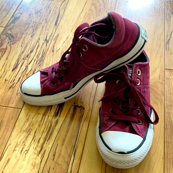 Converse Shoes - Converse All Stars women's 8 low top maroon